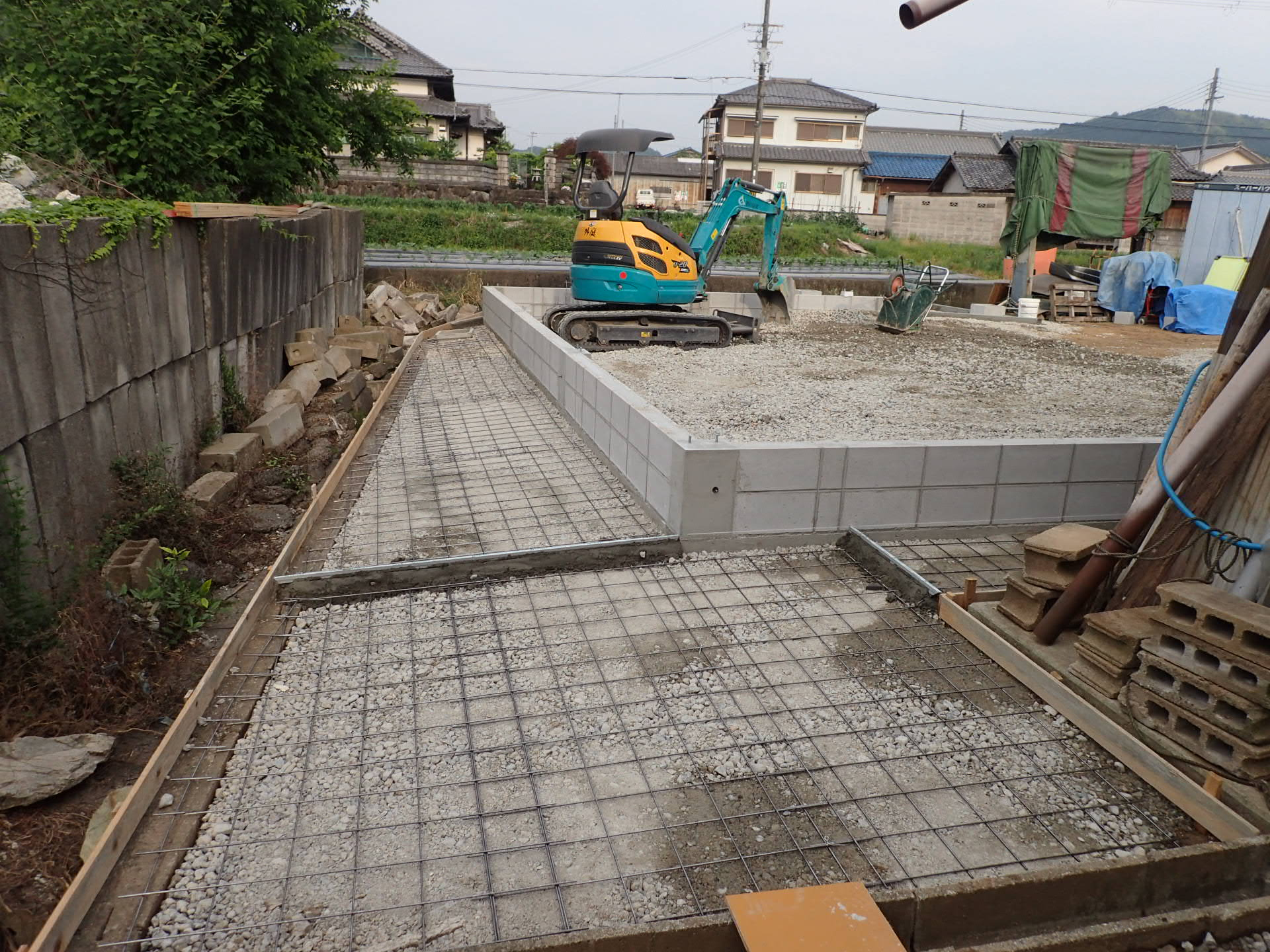 和泉市 大型倉庫設置工事スタート