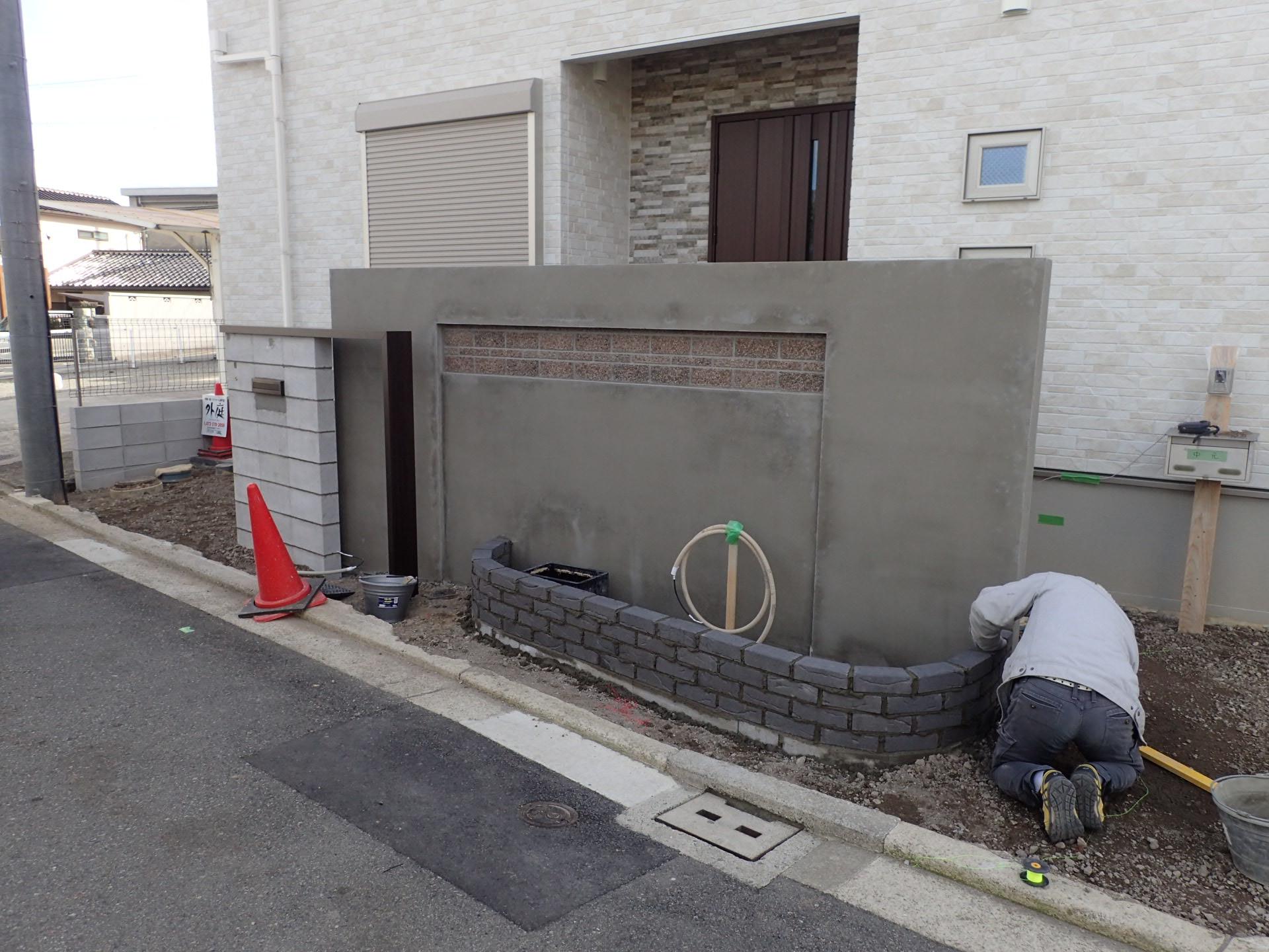素敵な新築外構工事が進行中!