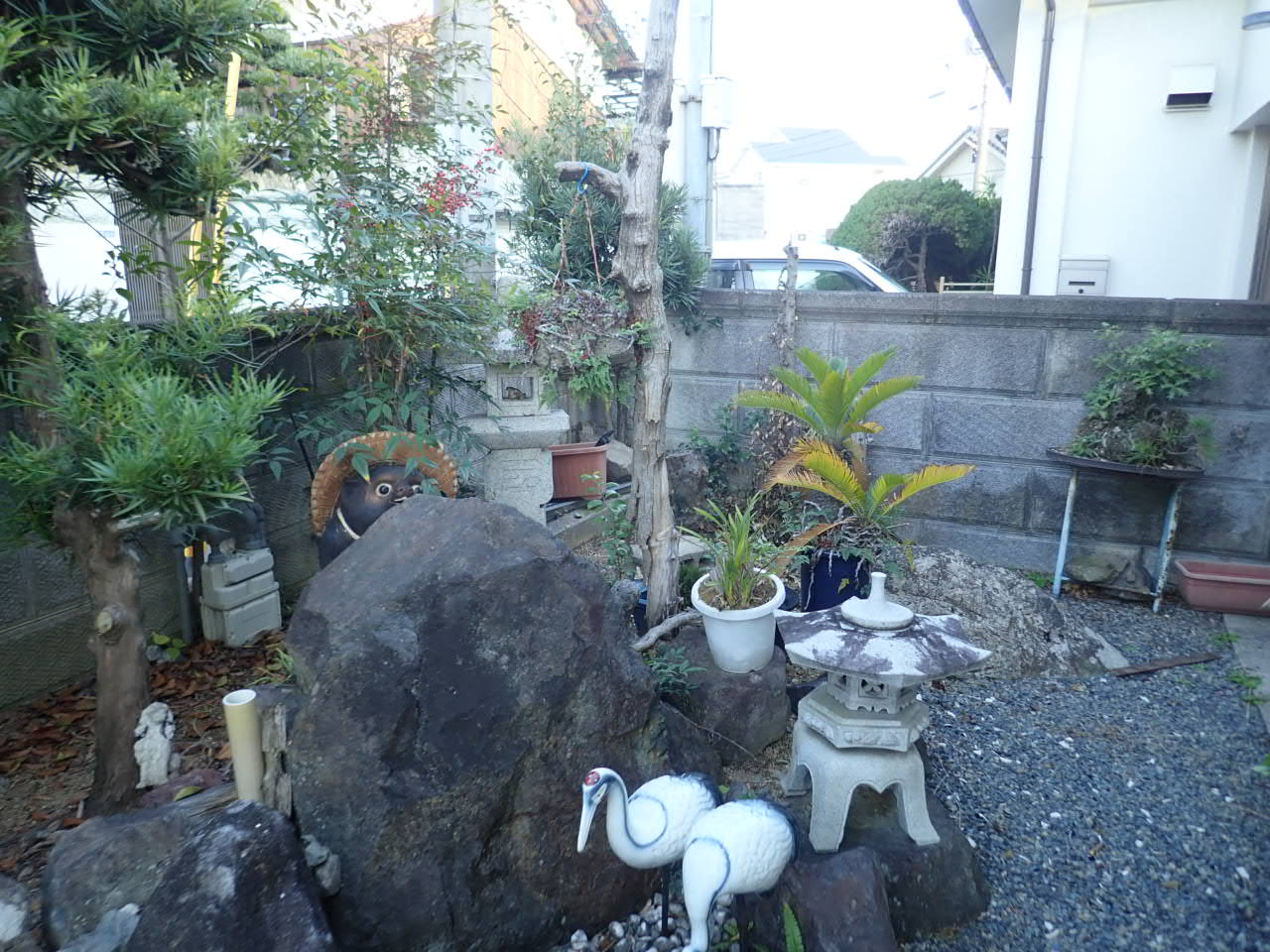 お庭をスッキリさせる工事・・・今年もやってます!