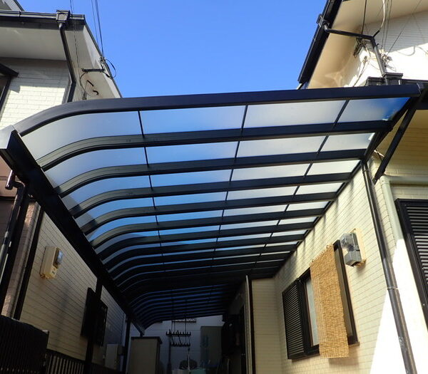 経年劣化に伴う大型特注テラス屋根工事