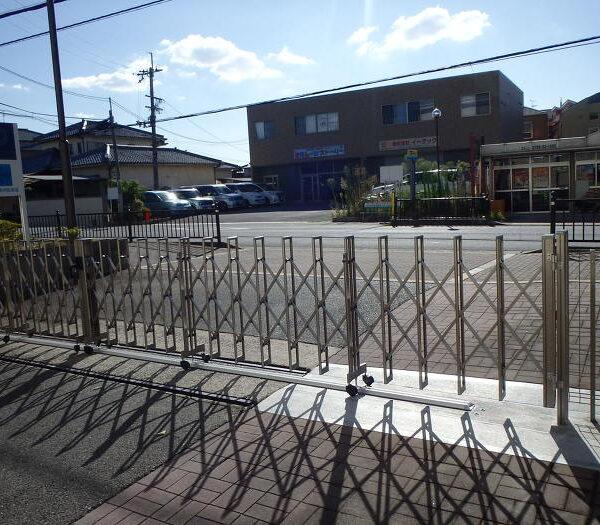 施設のゲート取り換え工事